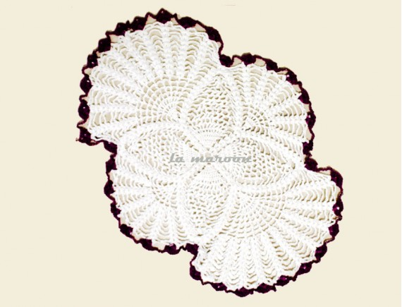 CROCHET OVAL SHAPE TEA TABLE MAT-NC574